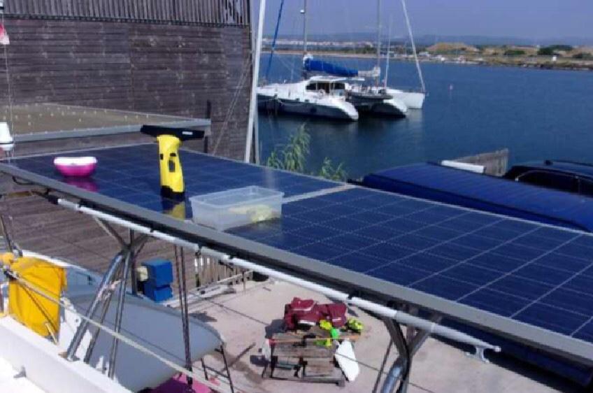 bossoirs et panneaux solaires